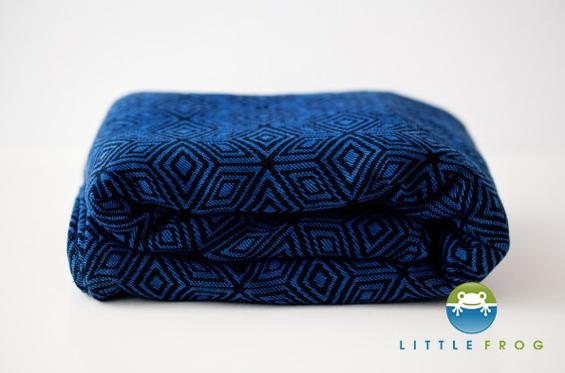 ddd7a0c3bd90 Une écharpe 100% coton idéal pour les début du portage car elle nécessite  peu de rodage et adapté dès la naissance